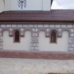 Fasada na manastiru u Kacu 2
