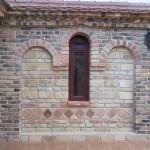 Fasada na manastiru u Kacu 3